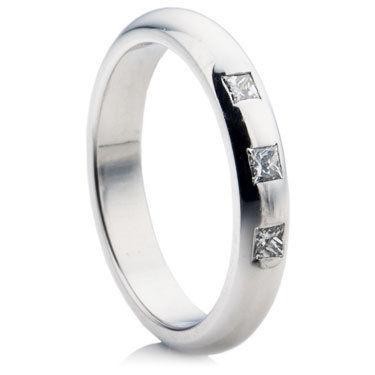 Princess Cut Diamond Set Medium D-Shape Wedding Ring