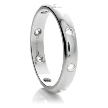 Brilliant Cut Diamond Heavy D-Shape Ring