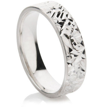 Abrazo Finish Decorative Wedding Ring