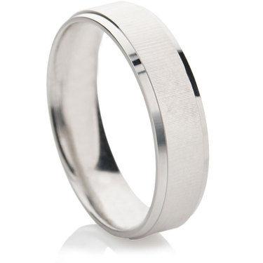 Touche Finished Decorative Wedding Ring