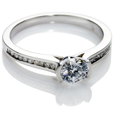 Brilliant Cut Diamond Solitaire Engagement Ring.