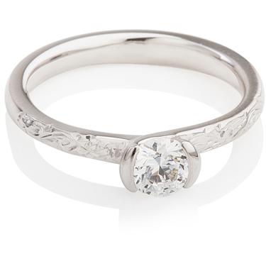 Decorative Brilliant Cut Diamond Solitaire Engagement Ring