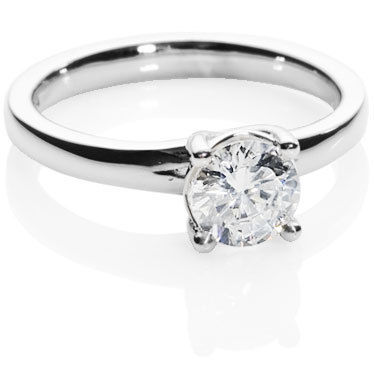 Brilliant Cut Solitaire Diamond Enagement Ring