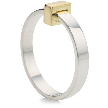 Ring with 9ct Yellow Gold Movable Block