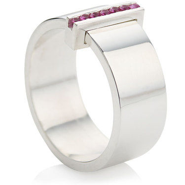 Contemporary Ring with 7 Pink Sapphires