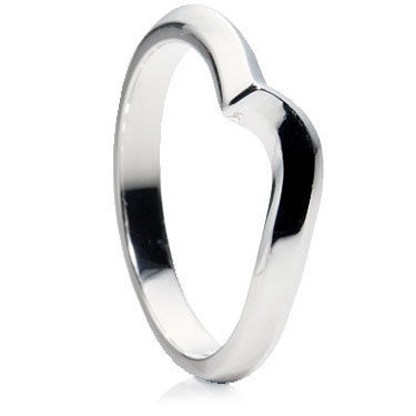 Wave D shaped wedding ring.