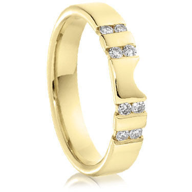 18ct Yellow Gold Brilliant Cut Diamond Ring