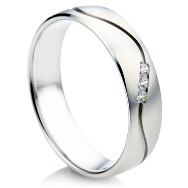 Court Shape Single Wave Diamond Wedding Ring Set