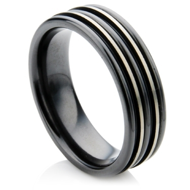 Decorative Wedding Ring with a Ridged Line