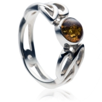 Celtic Ring with Amber