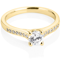 Yellow Gold Brilliant Cut Solitaire Engagement Ring with Diamond Shoulders