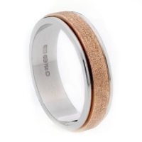 18 ct gold two tone wedding ring