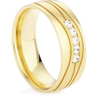 Diamond Set Wedding Ring in Yellow Gold