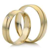 Wedding Ring Set with Wavy Groove