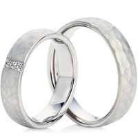 18ct White Gold Hammered Finish Wedding Ring Set