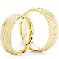 18ct Yellow Gold Decorative 6mm Wedding Ring Set