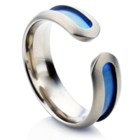 Zirconium wedding ring